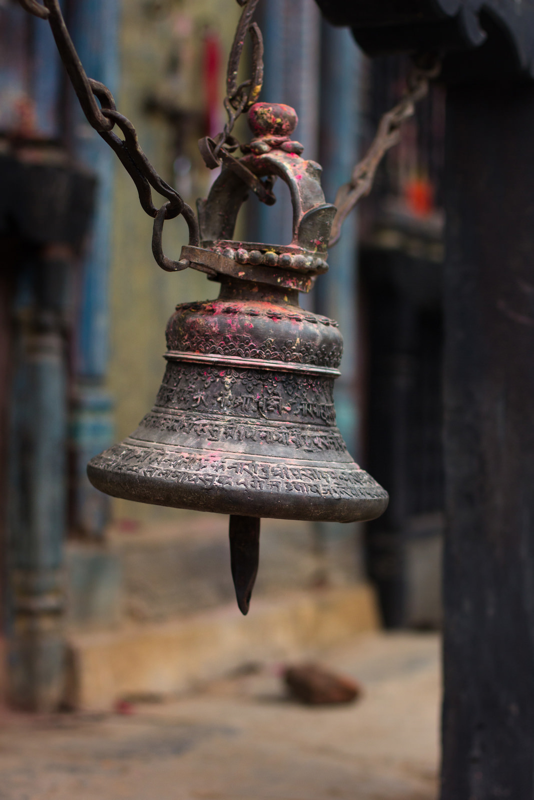 posts-slides-lee-returns-nepal-07