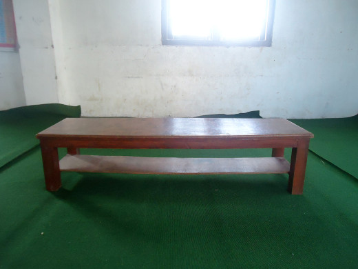 sample desk for class one