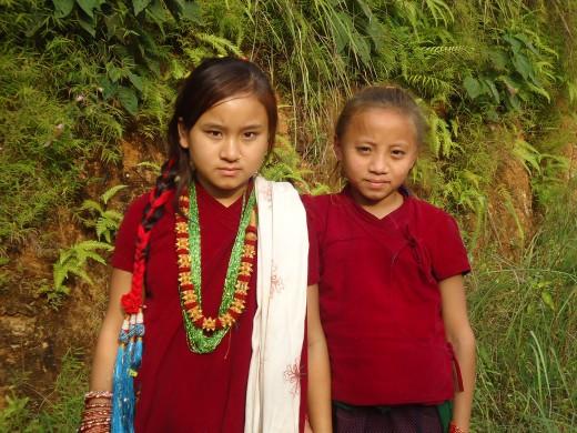 school girls who took part in bhailo